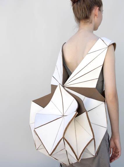 so-catchy-maya-zakai-folding-04