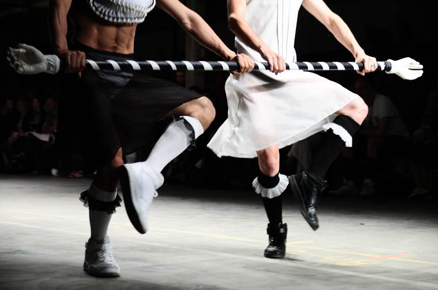 so-catchy-fashionclash-folia-dance-performance-2